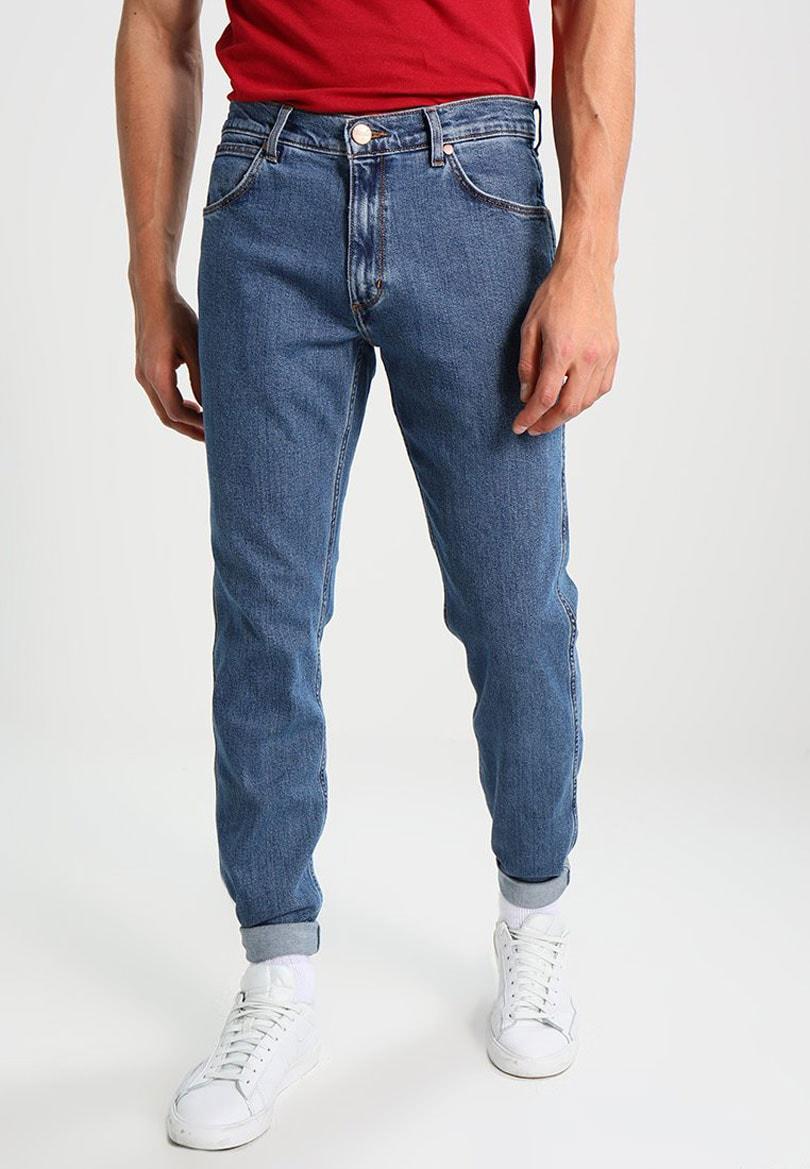 Los jeans más vendidos de las 9 mejores marcas de denim 071731fa3f2